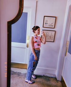 Millie Bobby Brown, Bobby Brown Stranger Things, Barbie, Enola Holmes, Brown Outfit, Mode Streetwear, British Actresses, Queen, Celebs