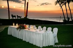 Hilton Waikoloa Village - Hawaii Venues - Classic head table for a beach wedding reception