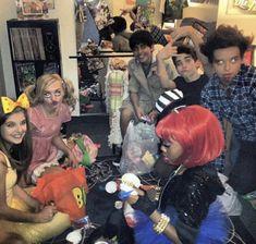 Old Disney, Cameron Boyce, Ross Lynch, Disney Channel, Freckles, Jessie, Bff, It Cast, Beauty