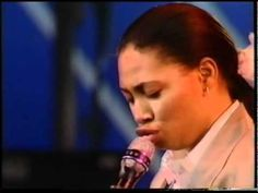Great reminder of the talented Rachelle Ferrell: 'Don't Waste Your Time'. Original from S/T LP in 1990