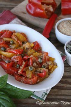 peperoni ammollicati,Oggi cucina nonna Virginia Potato Vegetable, Vegetable Recipes, Italian Recipes, Vegan Recipes, Cooking Recipes, Potato Dishes, Side Dishes, Good Food, Food Porn