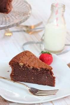 Flourless Chocolate Hazelnut Mud Cake, gluten free cake recipe, gluten free cake, flourless cake, naturally gluten free cake