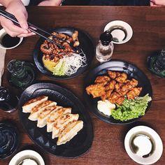 Izakaya Ooki: Ein Tipp für Japanfans in Zürich Tempura, Sushi, Japan, Food Inspiration, Acai Bowl, Restaurants, Breakfast, Warm Kitchen, Easy Meals