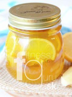 Prírodný medovo-zázvorový sirup proti nachladnutiu Health Tips, Healthy Lifestyle, Mason Jars, Food And Drink, Honey, Herbs, Recipes, Gardening, Fitness