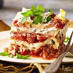 Rich with pancetta or bacon and meaty mushrooms, this lasagna goes well with inexpensive Italian red wines like Chianti or Montepulciano.