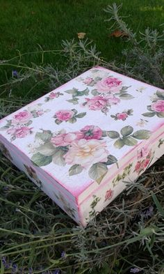 """""""The charming rose""""Jewelry,tea,candy box.Handmade unique decoupage technique box vintage looking.Schabby chic.Rustic style.Beutiful decoupage box with beautiful colored flowers on top,wonderful made to represent an unuque and special gift.35eur"""
