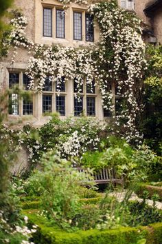 Bois des Moutiers : Normandy gardens : via The Cherry Blossom Girl