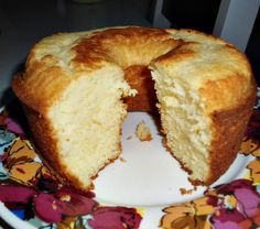 Receita de bolo de iogurte fácil Bread Recipes, Cake Recipes, Cooking Recipes, Peach Cake, Yogurt, Pasta, Cake Cookies, Superfood, Cooking Time