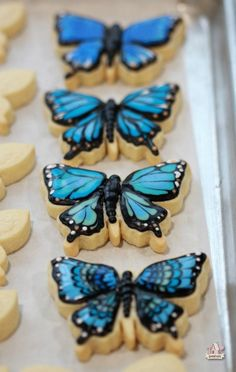 {Video} How to Decorate Butterfly Cookies   Sweetopia