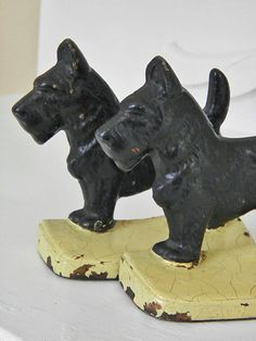 Vintage Cast Iron Scottie Dog Book Ends 20s by GrandAntiqueDecor, $98.00