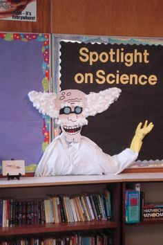 Bulletin board for science content @Emily Schoenfeld Schoenfeld Schoenfeld Koehler PLEASE do this!!! :D
