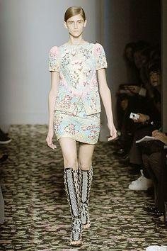 Balenciaga Spring 2008 Ready-to-Wear Fashion Show - Danijela Dimitrovska