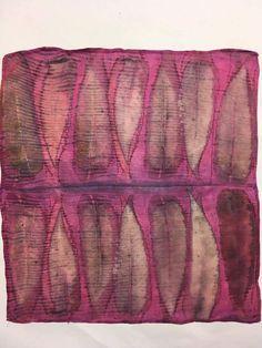 The Wild Dyery Fabric Dyeing Techniques, Textiles Techniques, Natural Dye Fabric, Natural Dyeing, Textile Dyeing, Textile Fiber Art, Fabric Painting, Fabric Art, Shibori Fabric
