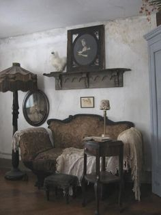 "Vintage Frontier Elegance from ""Homestead Revival"" a fantastic homesteaders page on Facebook."