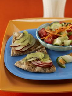 Fruity Pita Sandwiches | Lunchbox Faves | Healthy Eating | PFK - Produce For Kids
