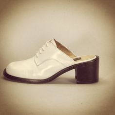 Vintage Kenneth Cole shoe #iconicKC. Love this