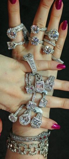 Bling things | LBV ♥✤ | KeepSmiling | BeStayElegant