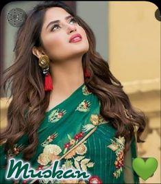 Simple Pakistani Dresses, Pakistani Bridal Dresses, Pakistani Outfits, Stylish Dresses For Girls, Stylish Girl Images, Pakistani Models, Pakistani Actress, Girl Photo Poses, Girl Photography Poses
