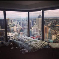 Can you imagine going to bed and waking up with a view like this!