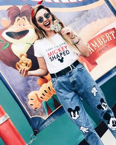 Cute idea for jeans and any themed t-shirt. But who doesn't like their food Mickey shaped> Cute Disney Outfits, Disney World Outfits, Disneyland Outfits, Disney Inspired Outfits, Disney Style, Disney Love, Disney Fashion, Disney Clothes, Deco Disney