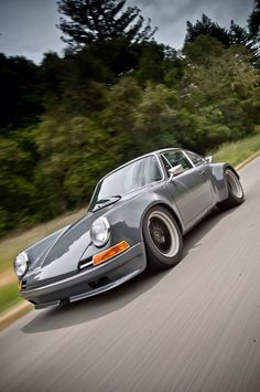 travelist:  912 by Wevo. Heavily modified 912 featuring a brand new 996 eGT3 cup engine.  Stellar colour!