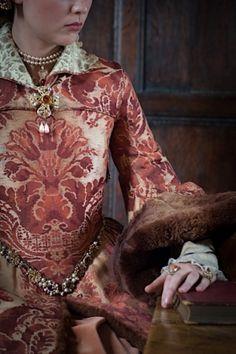 Margaret Tudor, Mary Tudor, Mary I Of England, Queen Of England, Tudor Fashion, Medieval Fashion, Tudor Costumes, Period Costumes, Queen Mary