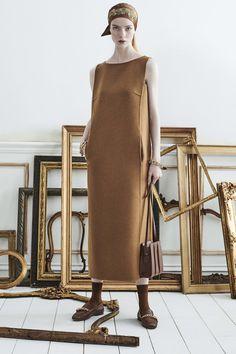 Vogue Fashion, 70s Fashion, Fashion 2020, Timeless Fashion, Fashion Show, Fashion Dresses, Fashion Hacks, High Fashion, Fashion Ideas