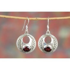 Amazing Handmade Faceted Garnet Gemstone 925 Silver Earring via Polyvore featuring jewelry, earrings, gemstone jewellery, silver gemstone jewelry, garnet jewelry, silver jewellery and garnet earrings