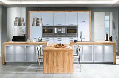 Holzarbeitsplatten Küche Hell Schiene Korn hellgrauen Fronten