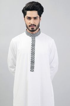 Ultimate White thobe - White with black white arabic texture