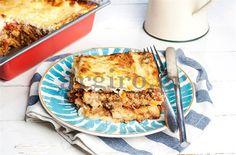 Ψεύτικος μουσακάς - Filenades.gr Food Categories, Greek Recipes, Tiramisu, Quiche, Main Dishes, French Toast, Recipies, Dinner Recipes, Food And Drink