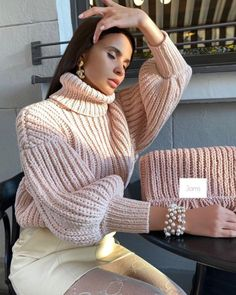 Flight Nurse, Grown Women, Winter Wardrobe, Fall Winter, Turtle Neck, Knitting, Beauty, Dresses, Knits