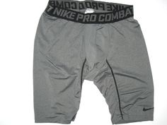 d39eea2dd Darrel Young Washington Redskins  36 Practice Worn   Signed Nike Pro Combat  XL Shorts