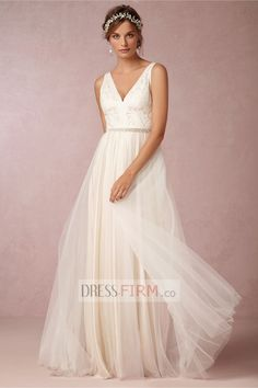2015 Perfect A Line V-Neck Empire Tulle with Lace Floor Length Wedding Dresses [2015BWD-39625] - £ 114.34 :