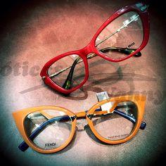 Um pouquinho de cor para o nosso dia ❤ #Bomdia #oticaswanny #umoculospordia #miumiu #Fendi Stylish Glasses For Women, Miu Miu, Albert Jacquard, Fashion Eye Glasses, Mens Glasses, Pretty Eyes, Glasses Frames, Specs, Eyeglasses