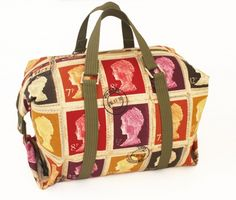 Weekend Holder - going on a trip? Make yourself a handmade bag to carry all your handmade clothes