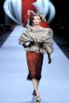 diorcouture4 Dior Spring 2011 Couture | Paris Haute Couture