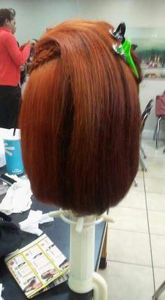Bleach Color, Long Hair Styles, Beauty, Long Hairstyle, Long Haircuts, Long Hair Cuts, Beauty Illustration, Long Hairstyles, Long Hair Dos