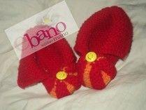 Escarpín tejido con forma de pantufla color rojo y naranja (Knit baby booties slipper shaped, color red and orange)