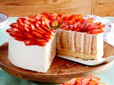Unser beliebtes Rezept für Erdbeer-Wickeltorte und mehr als 55.000 weitere kostenlose Rezepte auf LECKER.de.