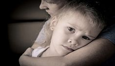 Uzman Psikiyatrist Hinoterapist Gani Eser, ebeveynleri çocukları kendilerine bağımlı yetiştirmemeleri konusunda uyarıyor.