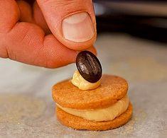Kardinalschnitte Ober Und Unterhitze, Biscotti, Doughnut, Cheesecake, Food And Drink, Desserts, Gallery, Free, Schokolade