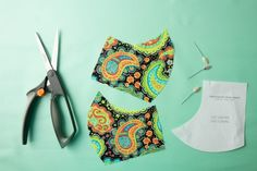 The pattern for this fabric face mask is so simple, even the most novice of sewists can make one. And they only take 10 minutes! Sewing Hacks, Sewing Tutorials, Sewing Patterns, Sewing Projects, Sewing Tips, Sewing Ideas, Easy Patterns, Sewing Crafts, Face Scrub Homemade