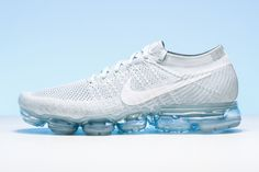 "Innovation lives on the Nike's revolutionary Air VaporMax. The clean ""Pure Platinum"" colorway is an added perk. Running Shoes Nike, Nike Shoes, Nike Air Vapormax, White Wolf, New York Fashion, Milan Fashion Weeks, Africa Fashion, Fashion Models, Runway Fashion"