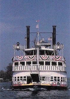 Belle of Louisville on the Ohio River, Louisville, KY
