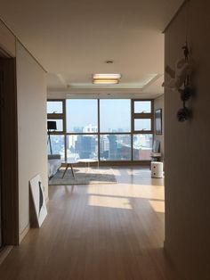 Penthouse Seoul Station Apartment (Cor … - Top Of The World Seoul Apartment, Korean Apartment, Penthouse Apartment, Apartment Interior, Chicago Apartment, Home Design Decor, Home Interior Design, Interior And Exterior, Wg In Berlin