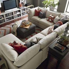 New living room sectional sofa layout coffee tables 64 ideas Sectional Sofa Slipcovers, Living Room Sectional, Cozy Living Rooms, New Living Room, Modern Sectional, Couch Sofa, Pit Sofa, L Shaped Living Room, Black Sectional