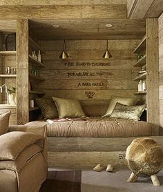 So pretty. - love the coloring of the wood!  PERFECT!! :)