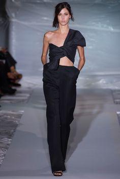 Maison Margiela Spring 2013 Ready-to-Wear Fashion Show - Ruby Aldridge