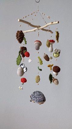 Crochet Home Decor, Crochet Crafts, Crochet Toys, Crochet Projects, Sewing Projects, Crochet Baby Mobiles, Crochet Mobile, Stuffed Animals, Cute Crochet